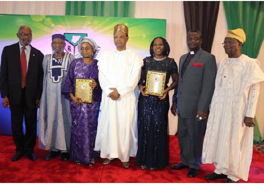 -As NAPharm fetes Adeyeye, Babalola for being good ambassadors